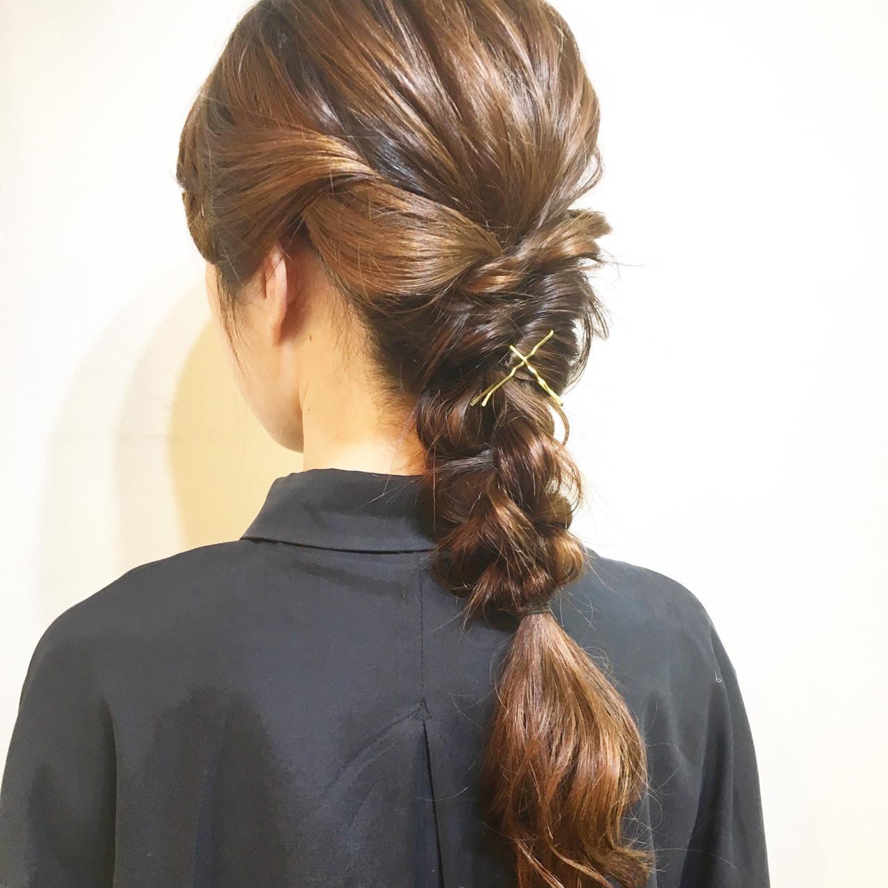 編み込み 簡単ヘアアレンジ ヘアアレンジ セミロング ヘアスタイルや髪型の写真・画像