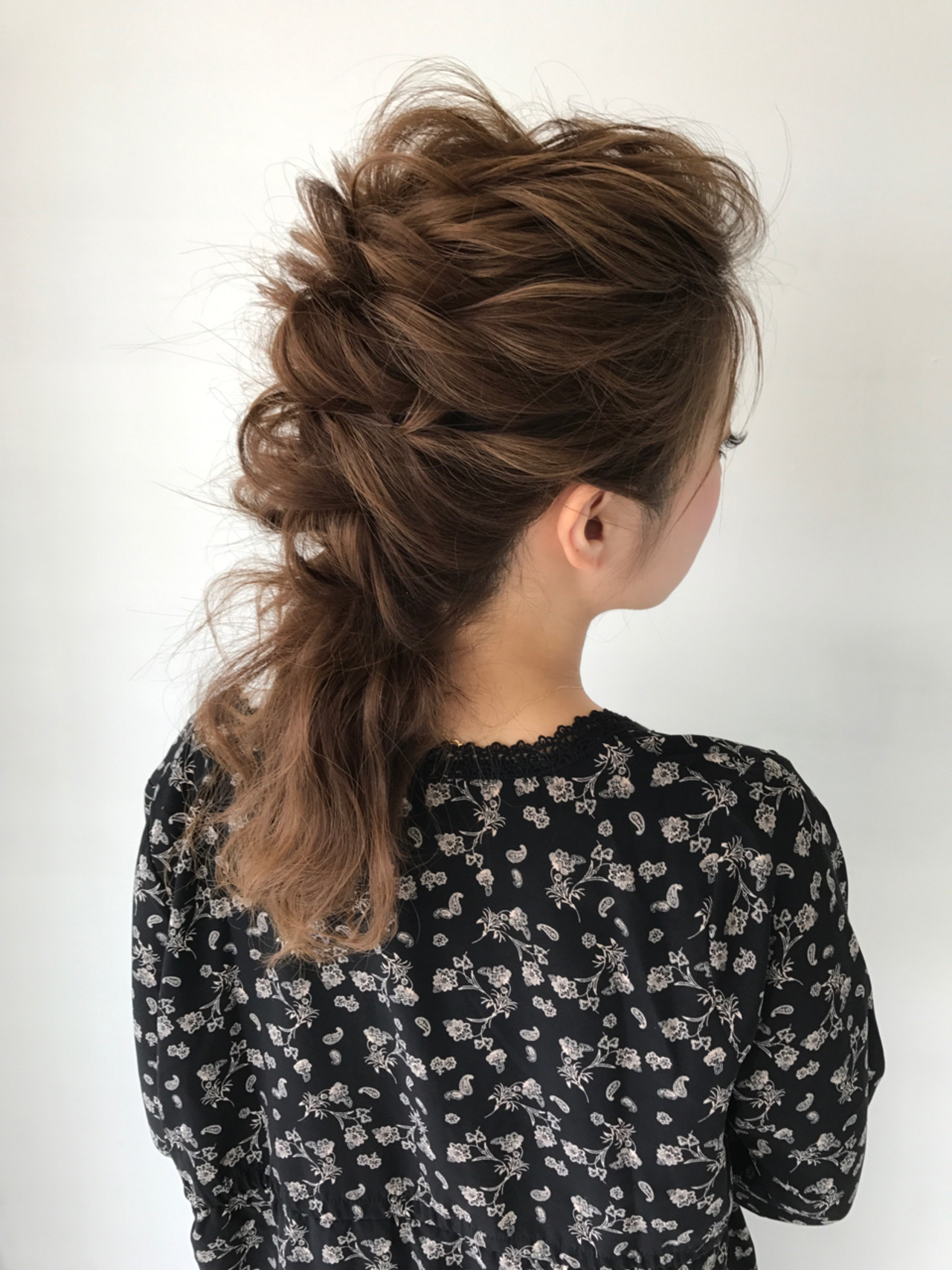 結婚式 セミロング ヘアアレンジ 女子会 ヘアスタイルや髪型の写真・画像