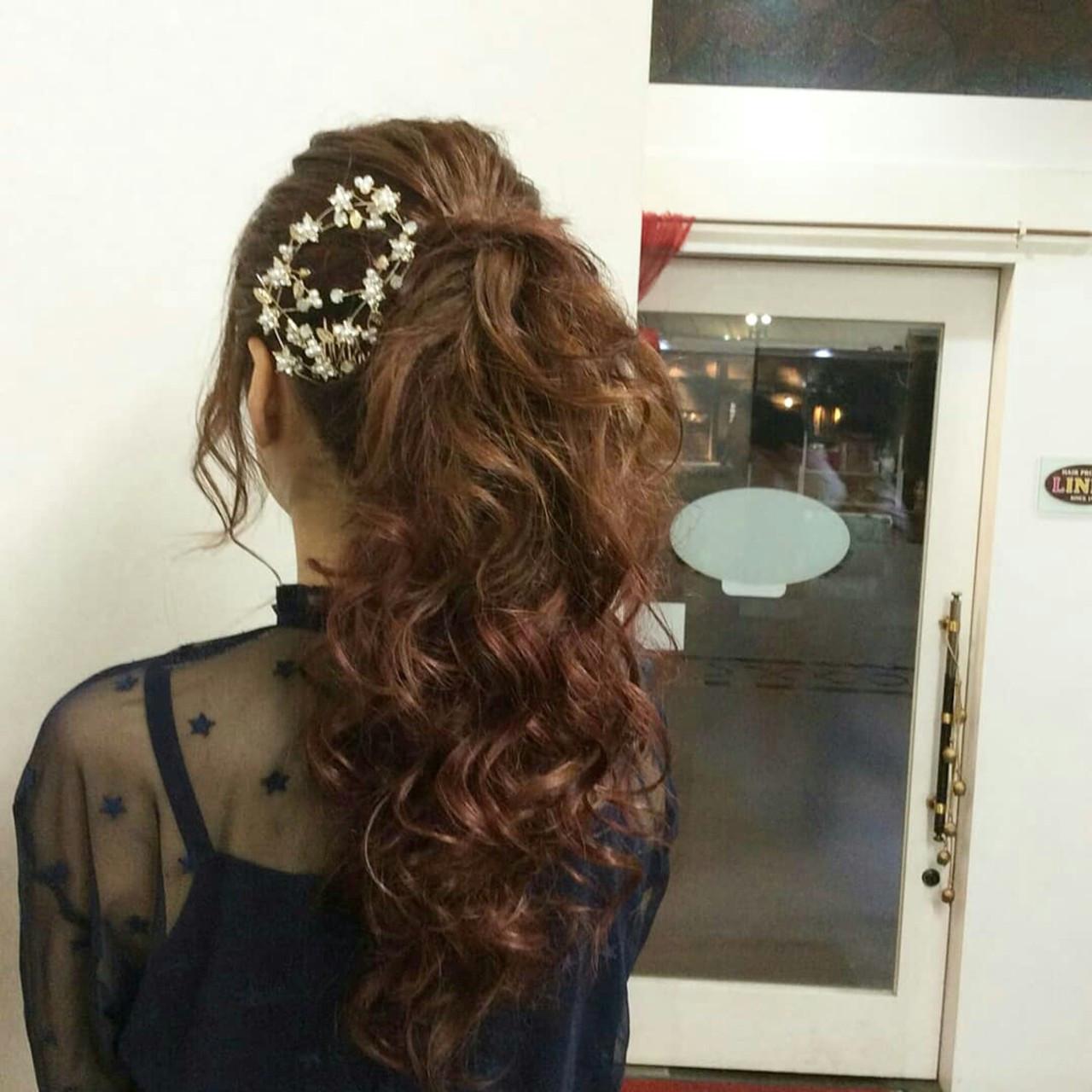 結婚式 エレガント 上品 編み込み ヘアスタイルや髪型の写真・画像