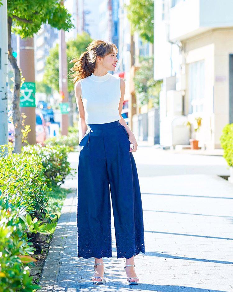 ワイドパンツでできる女風コーデ♪ 出典:ayumi_okabe