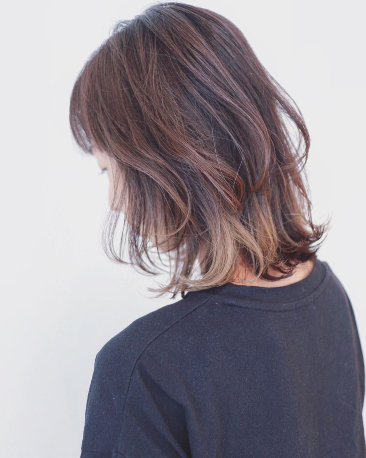 ボブヘアのグラデーションカラー 三好 佳奈美