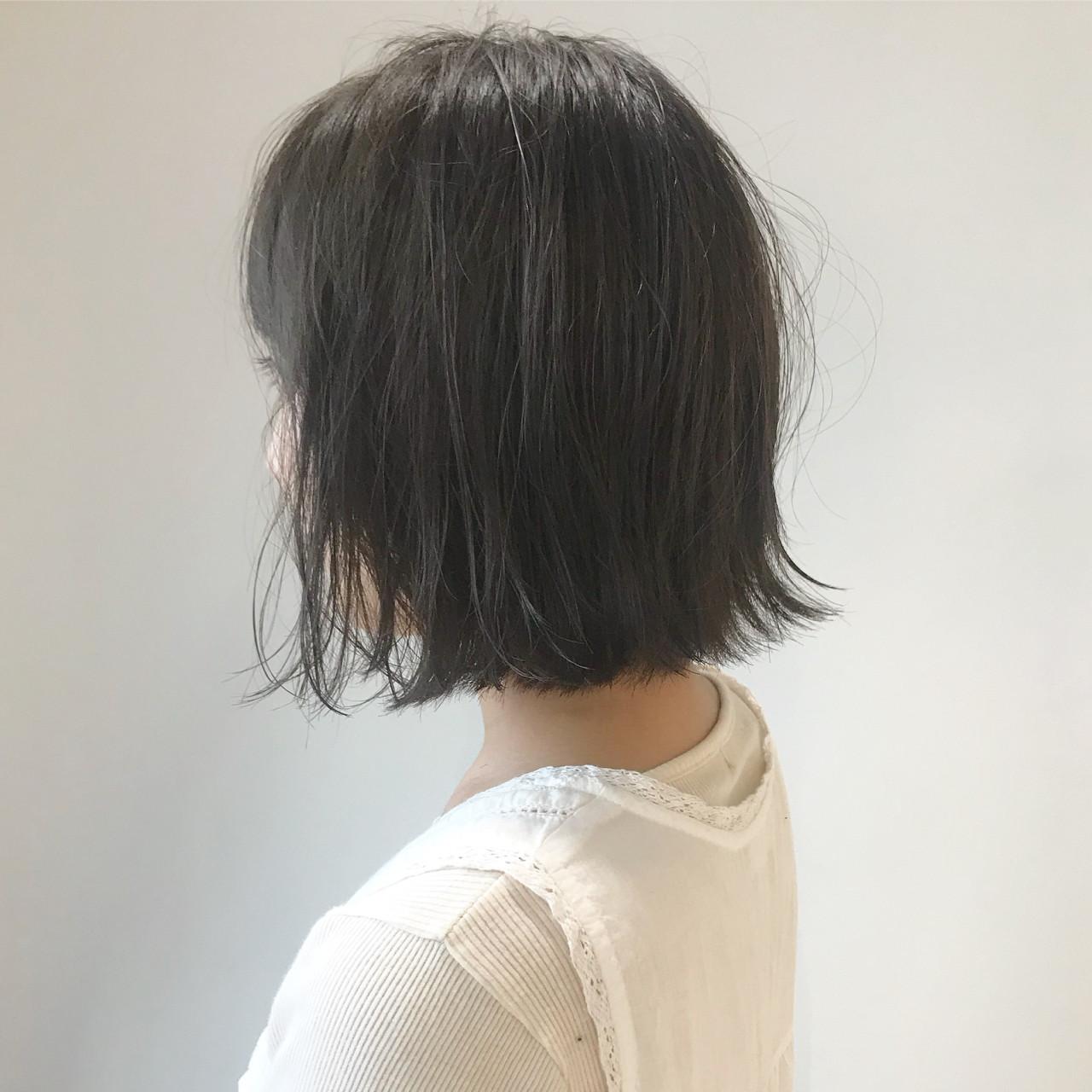 ナチュラル グレージュ アッシュグレー ベージュ ヘアスタイルや髪型の写真・画像