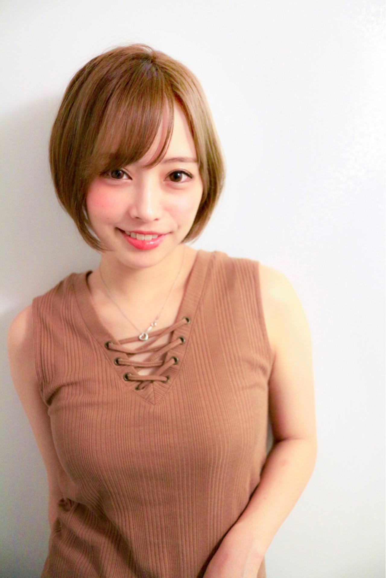 ヘアアレンジ ナチュラル オフィス 透明感 ヘアスタイルや髪型の写真・画像