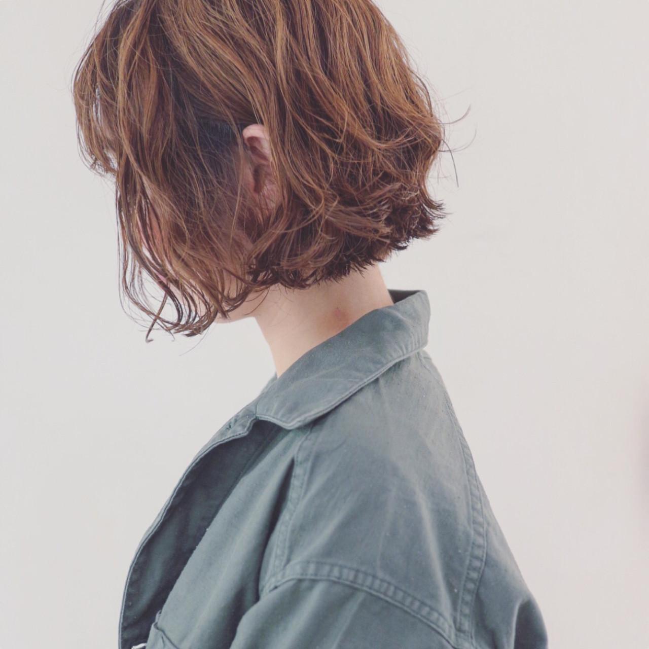 ショート ボブ 外ハネ 色気 ヘアスタイルや髪型の写真・画像