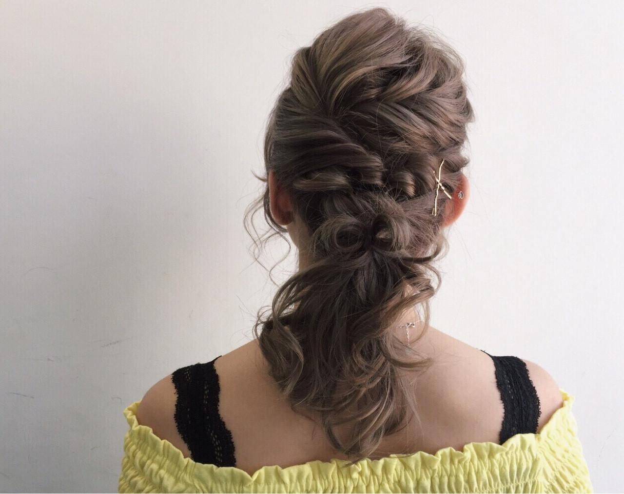 髪の毛でリボン結婚式にもぴったり♡ YUI