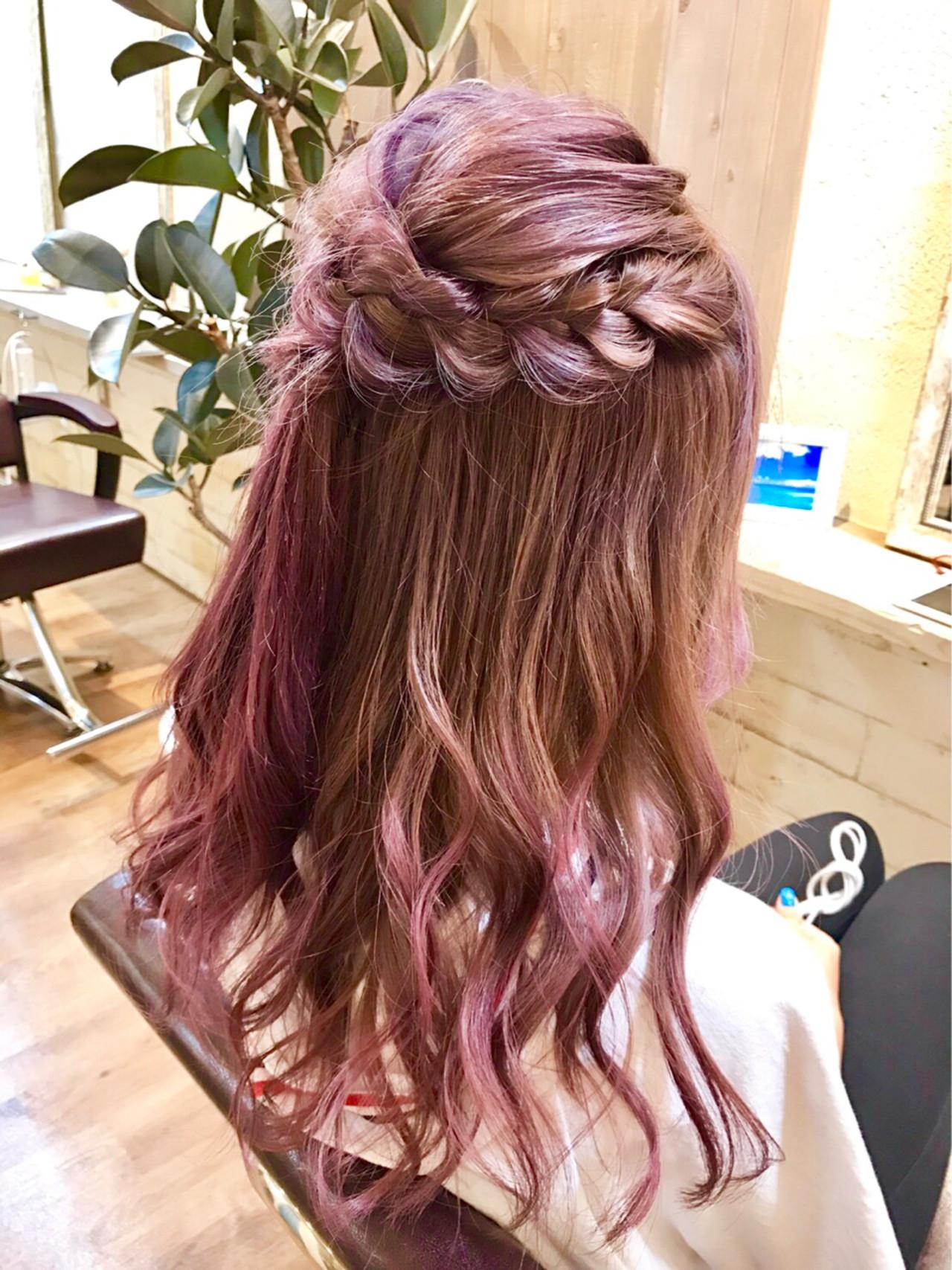 ハーフアップのロープ編みでフェミニンに♪ MISAKI  FIX hair なんば