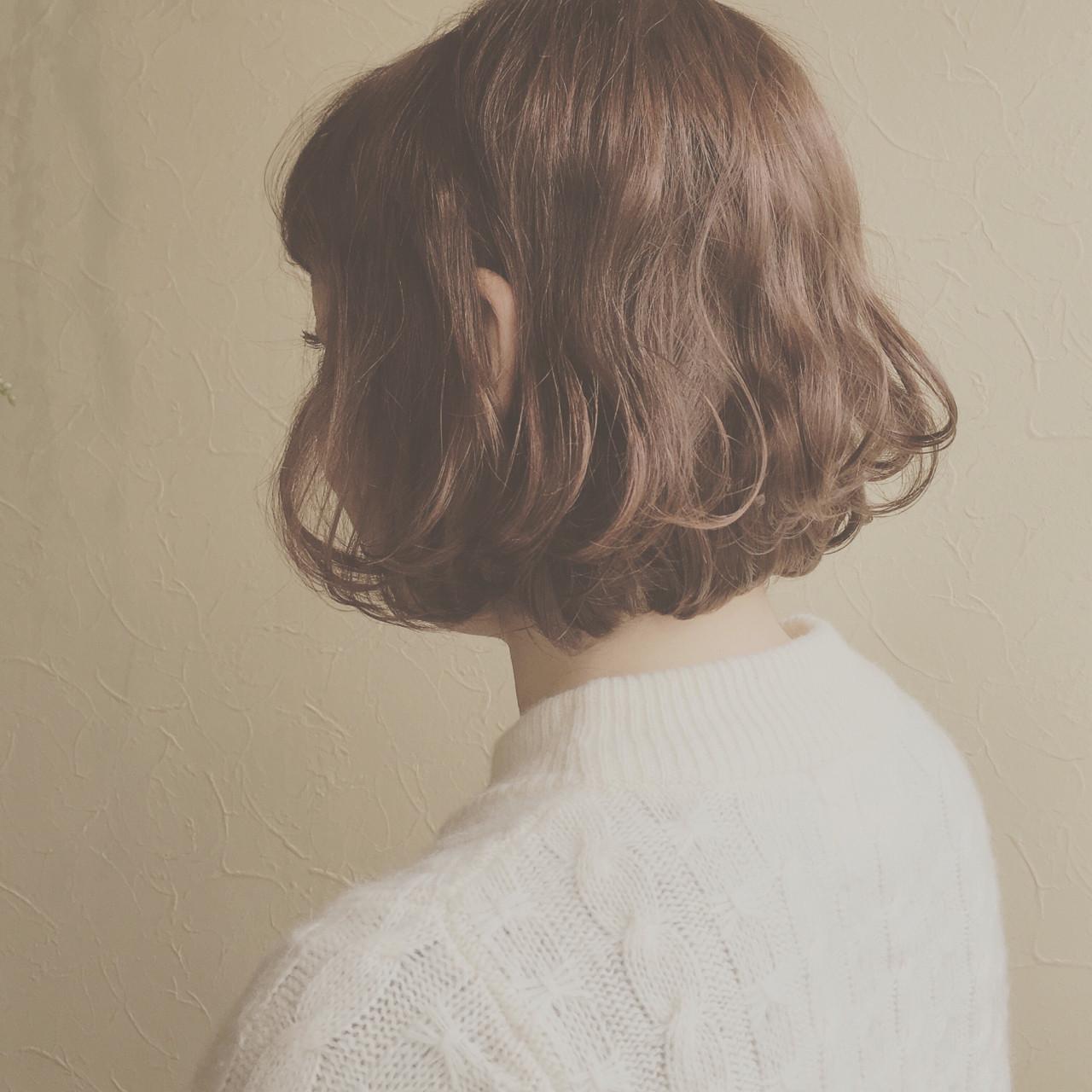 大人かわいい 波ウェーブ ボブ アンニュイ ヘアスタイルや髪型の写真・画像