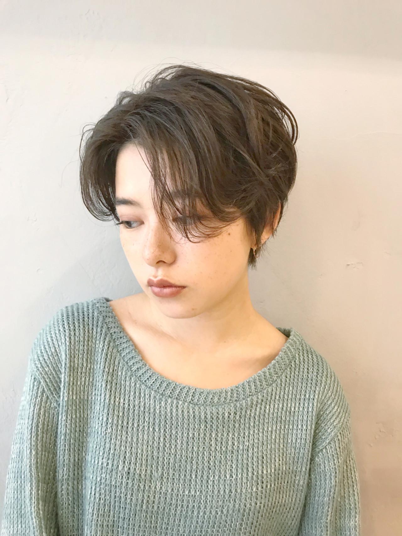 大人シックな表情のショートヘア 金中 洋介【Lomalia】