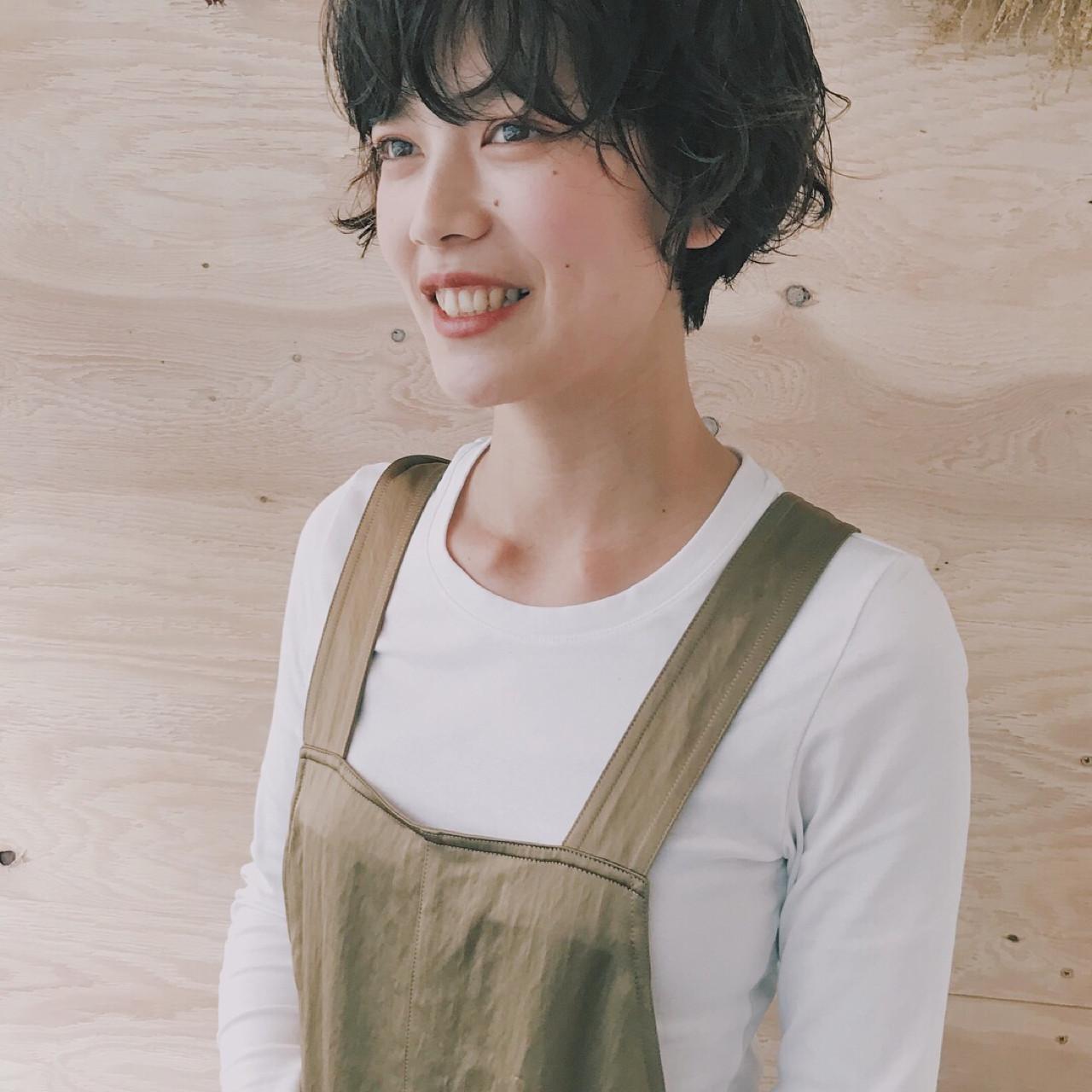 パーマ 色気 モテ髪 黒髪 ヘアスタイルや髪型の写真・画像