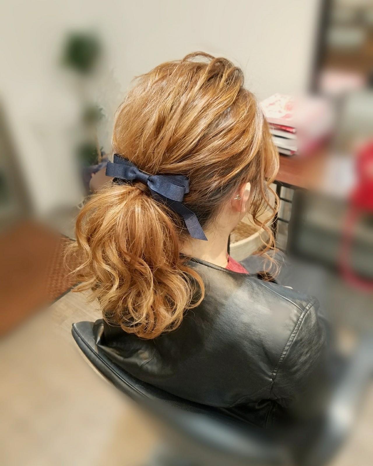 ポニーテール フェミニン ヘアアレンジ ミディアム ヘアスタイルや髪型の写真・画像