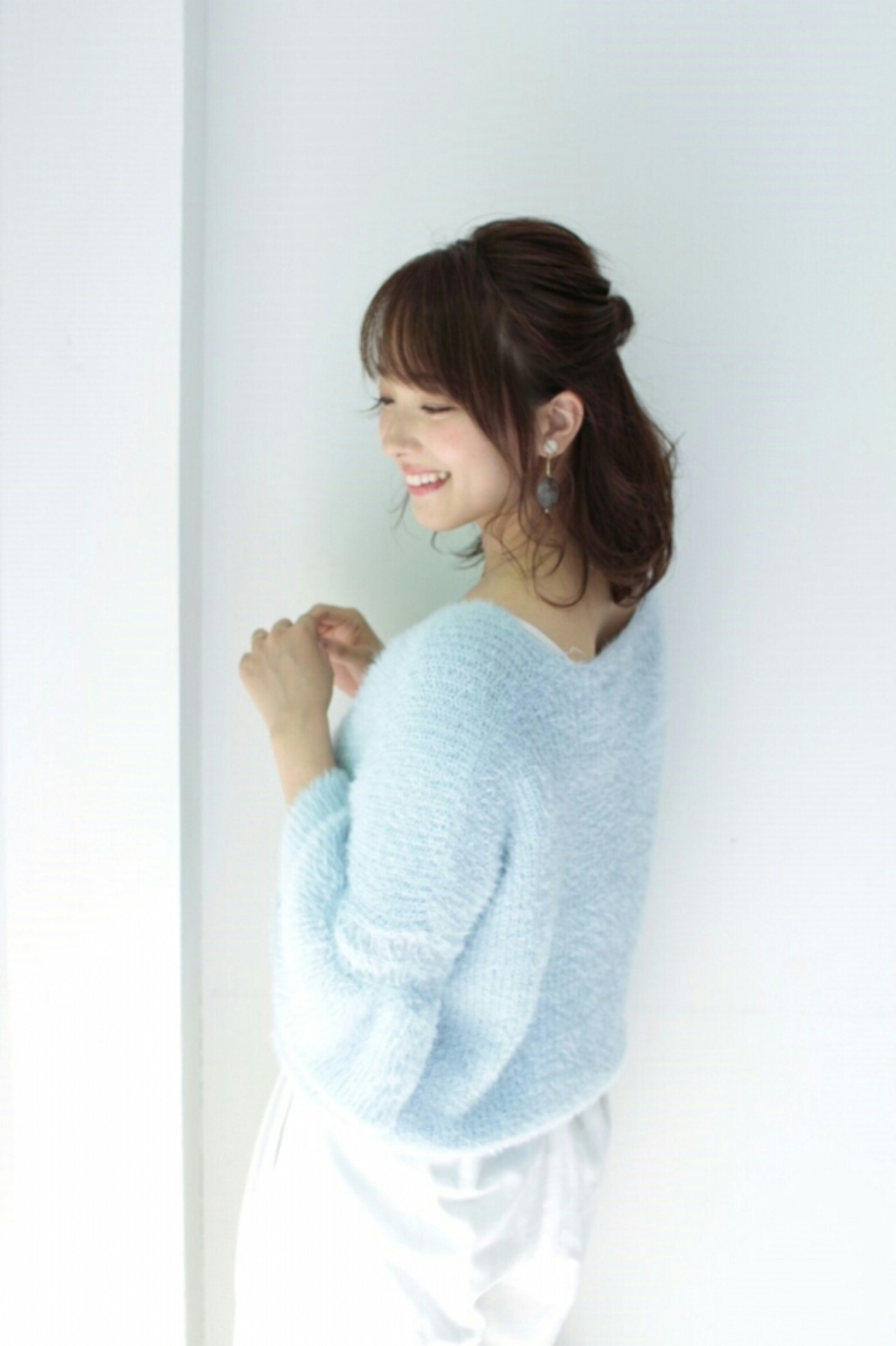 人気のハーフアップにプラスでかわいさ最高潮! asuka