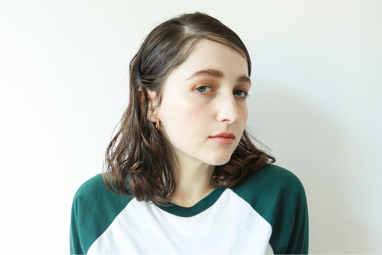 パーマ ミディアム 春 ウェーブ ヘアスタイルや髪型の写真・画像