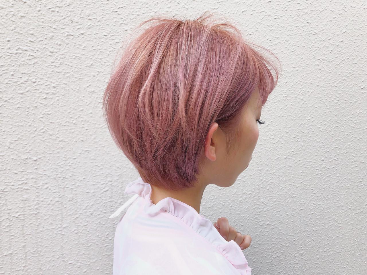ピンクカラーと合わせてクールキュートヘアに イッシキケンタ