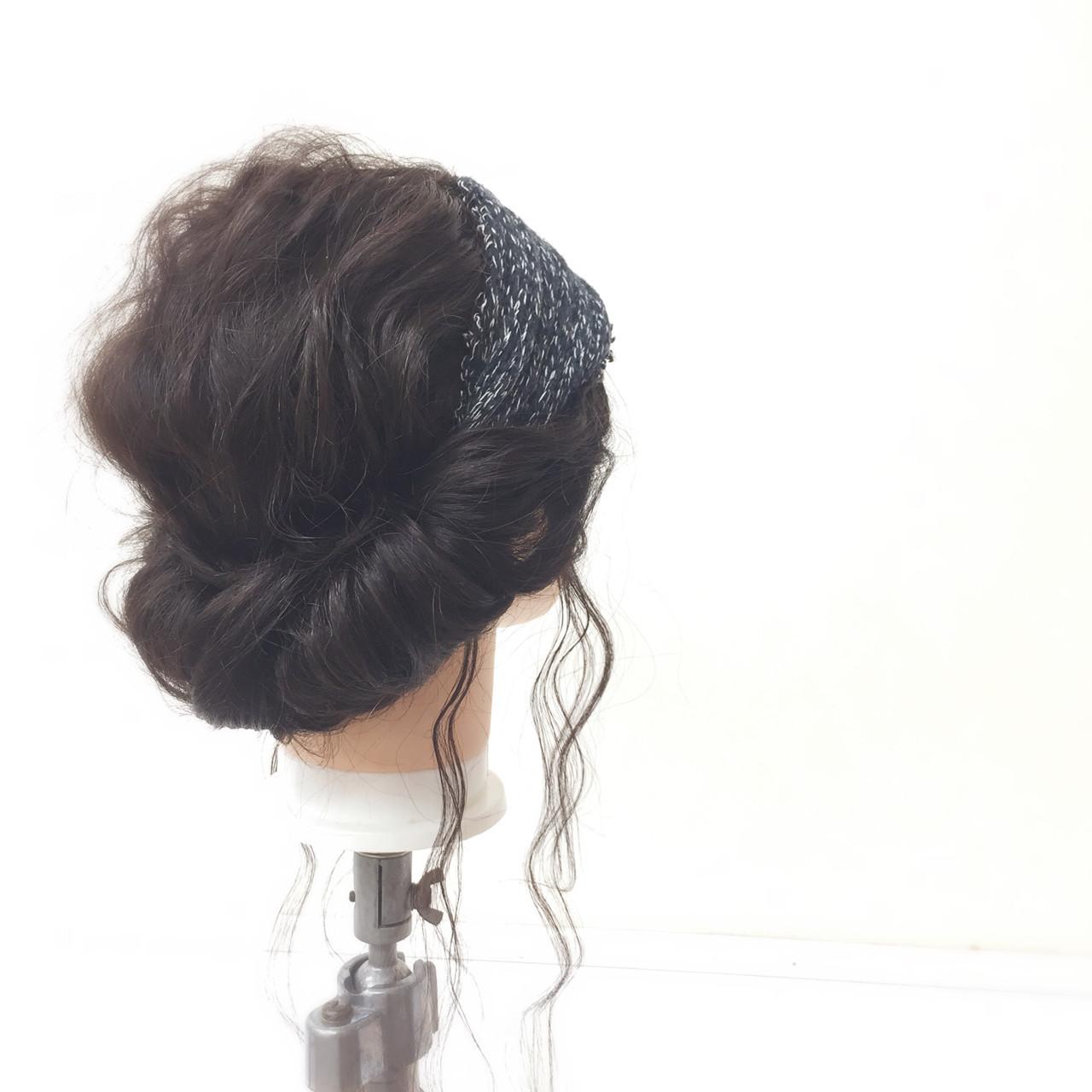ギブソンタック ロング ヘアバンド セルフヘアアレンジ ヘアスタイルや髪型の写真・画像