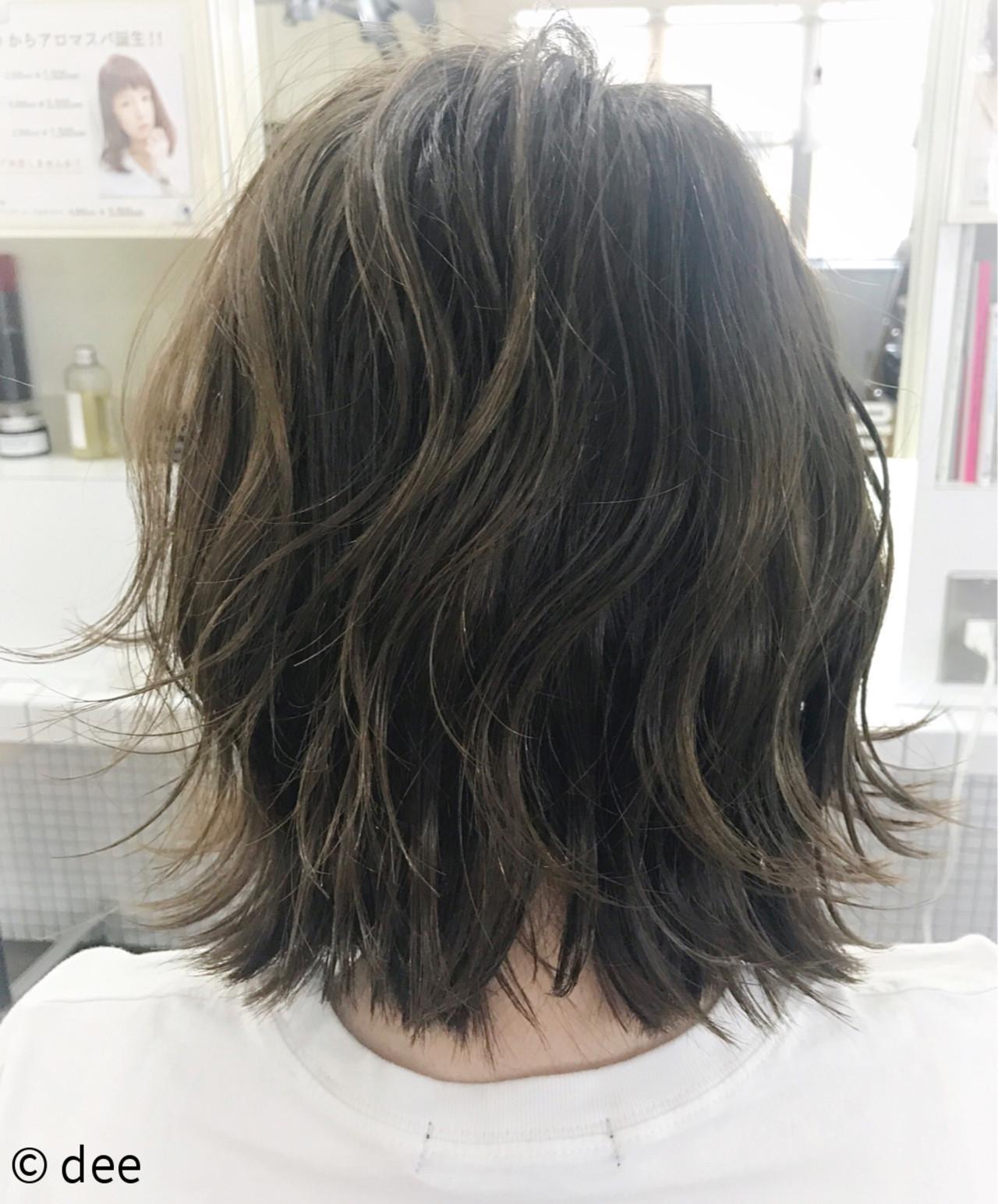 癖を生かした髪型は鉄板スタイル! dee