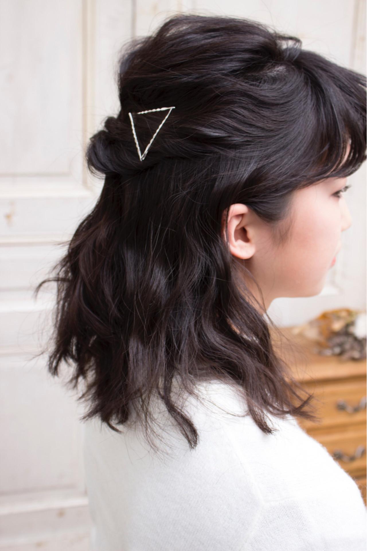 ヘアアレンジ くるりんぱ ハーフアップ ミディアム ヘアスタイルや髪型の写真・画像