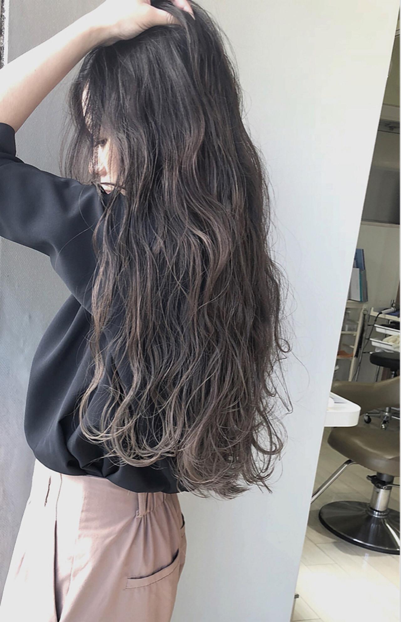 上品 ハイトーン 艶髪 ロング ヘアスタイルや髪型の写真・画像