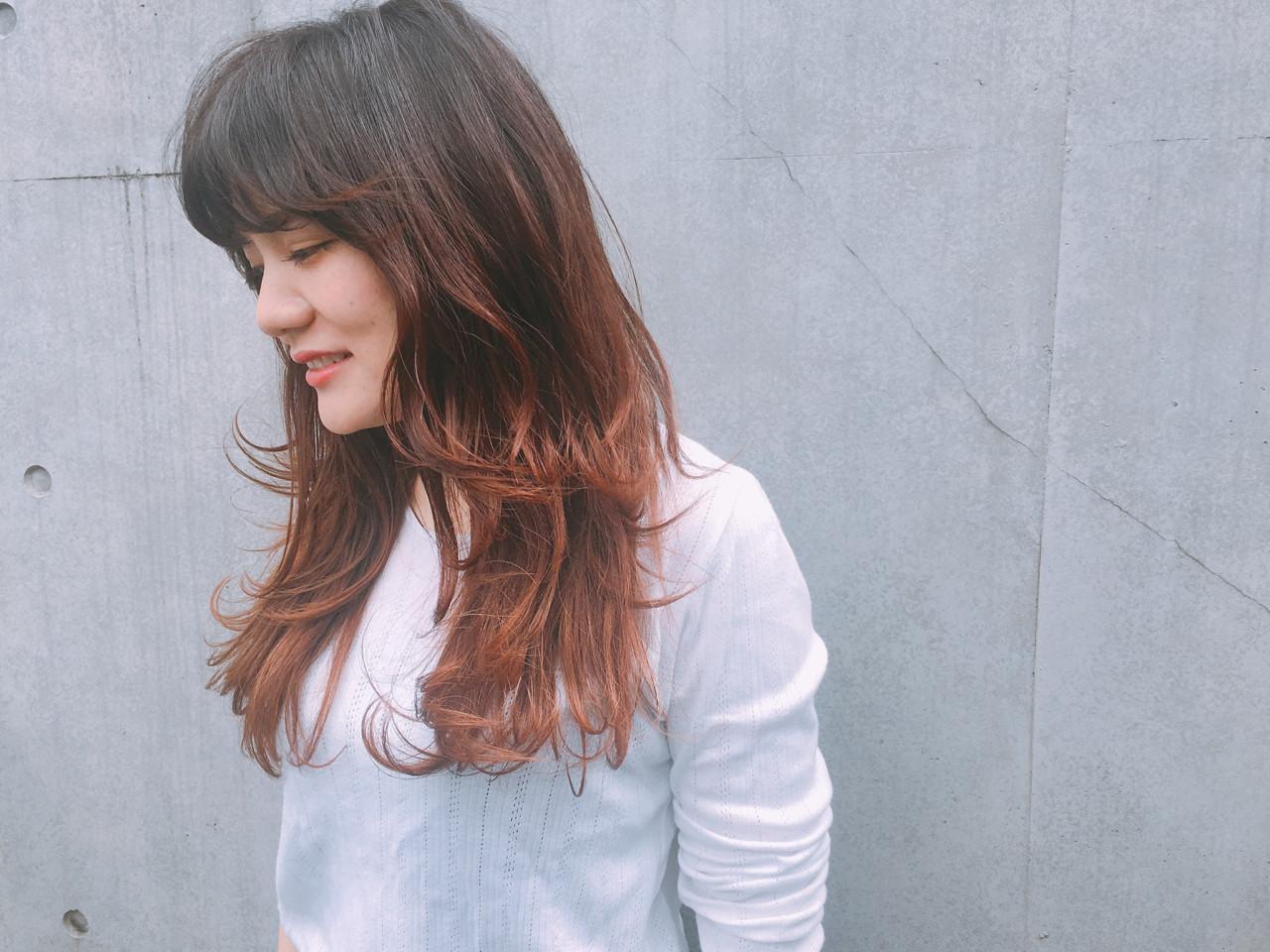 フリンジバング ウルフカット バレイヤージュ ロング ヘアスタイルや髪型の写真・画像