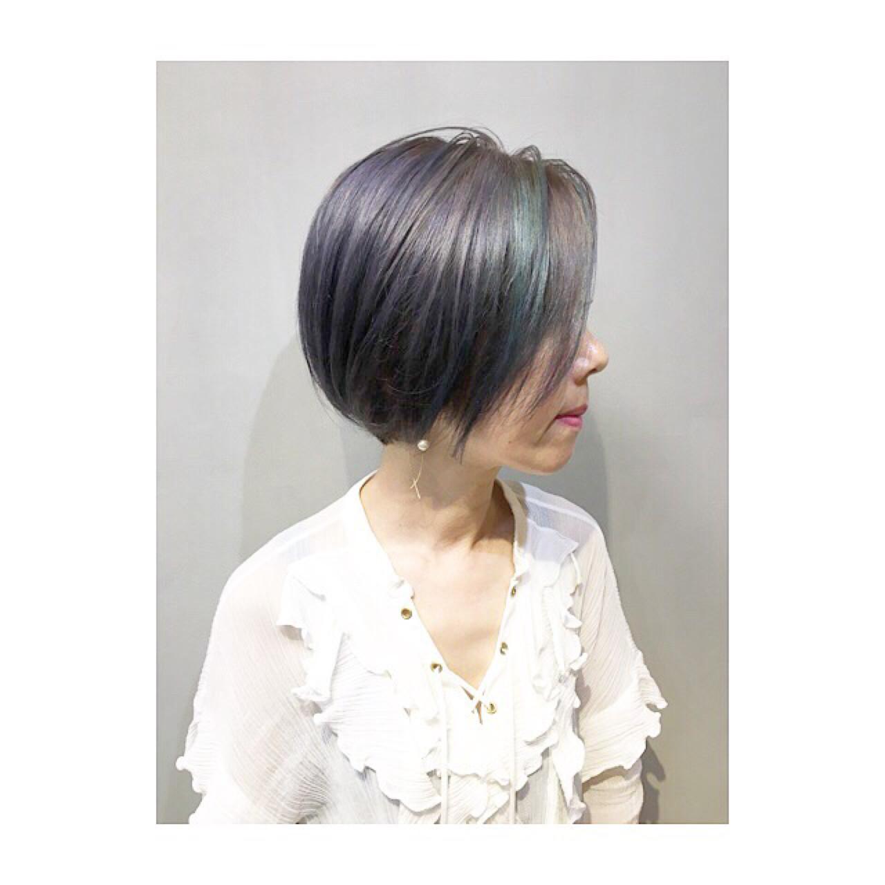 抜け感 前髪あり ストリート グレーアッシュ ヘアスタイルや髪型の写真・画像
