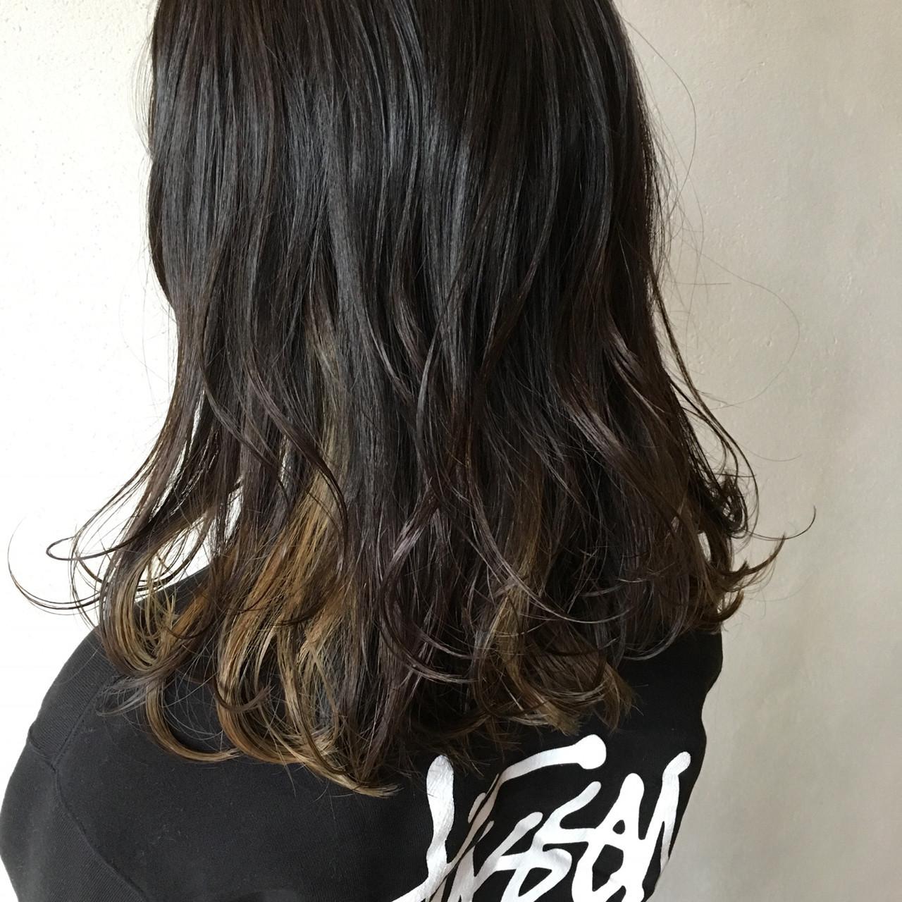 インナーカラー 3Dカラー 外国人風カラー ミディアム ヘアスタイルや髪型の写真・画像