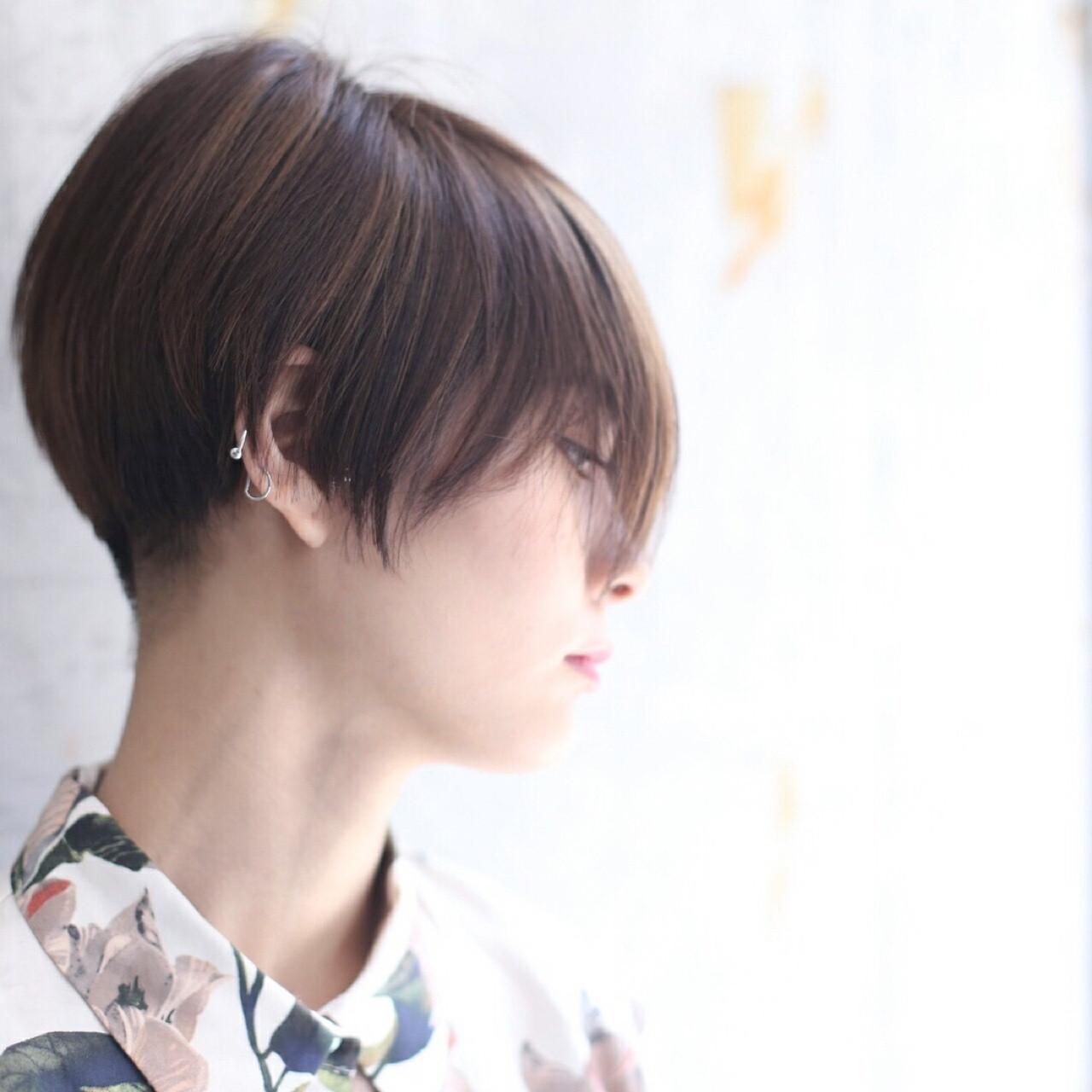 ショート モード 刈り上げ ヘアスタイルや髪型の写真・画像