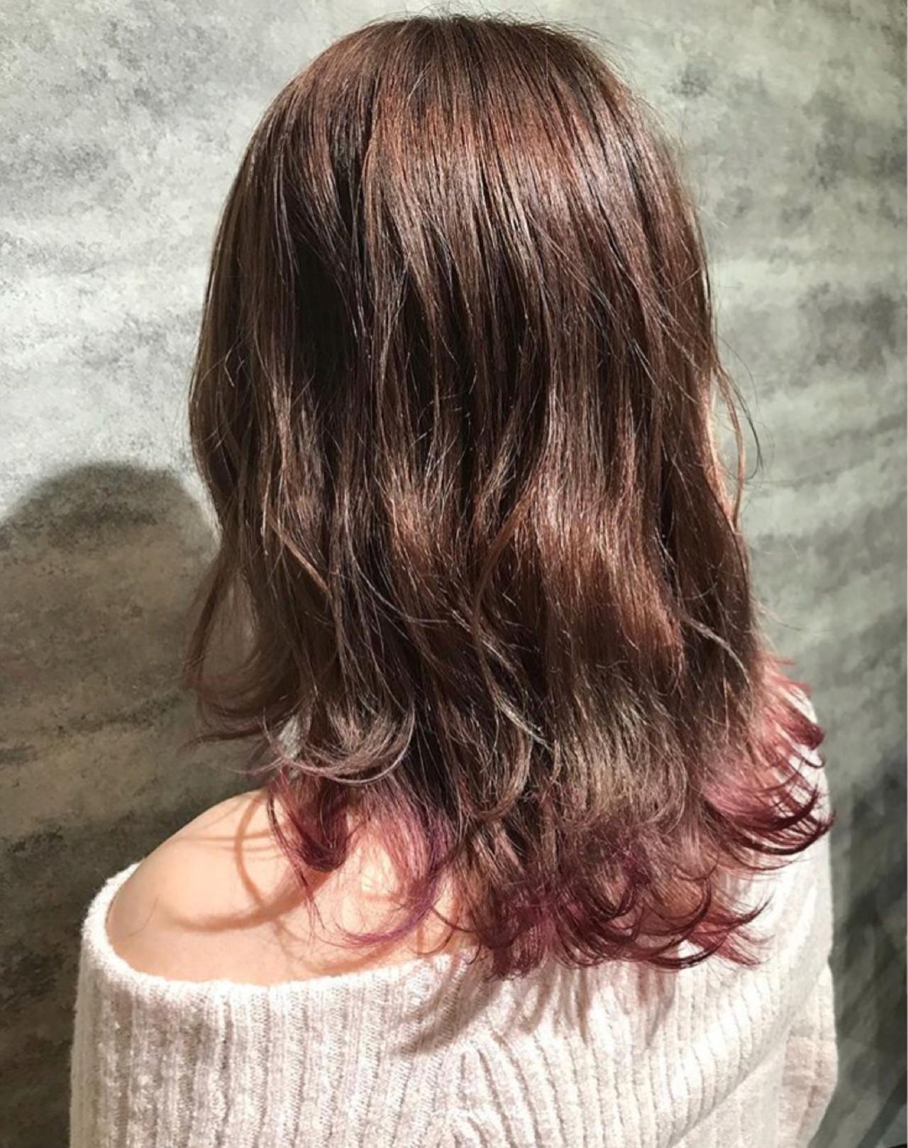 フェミニン ハイライト セミロング ヘアスタイルや髪型の写真・画像
