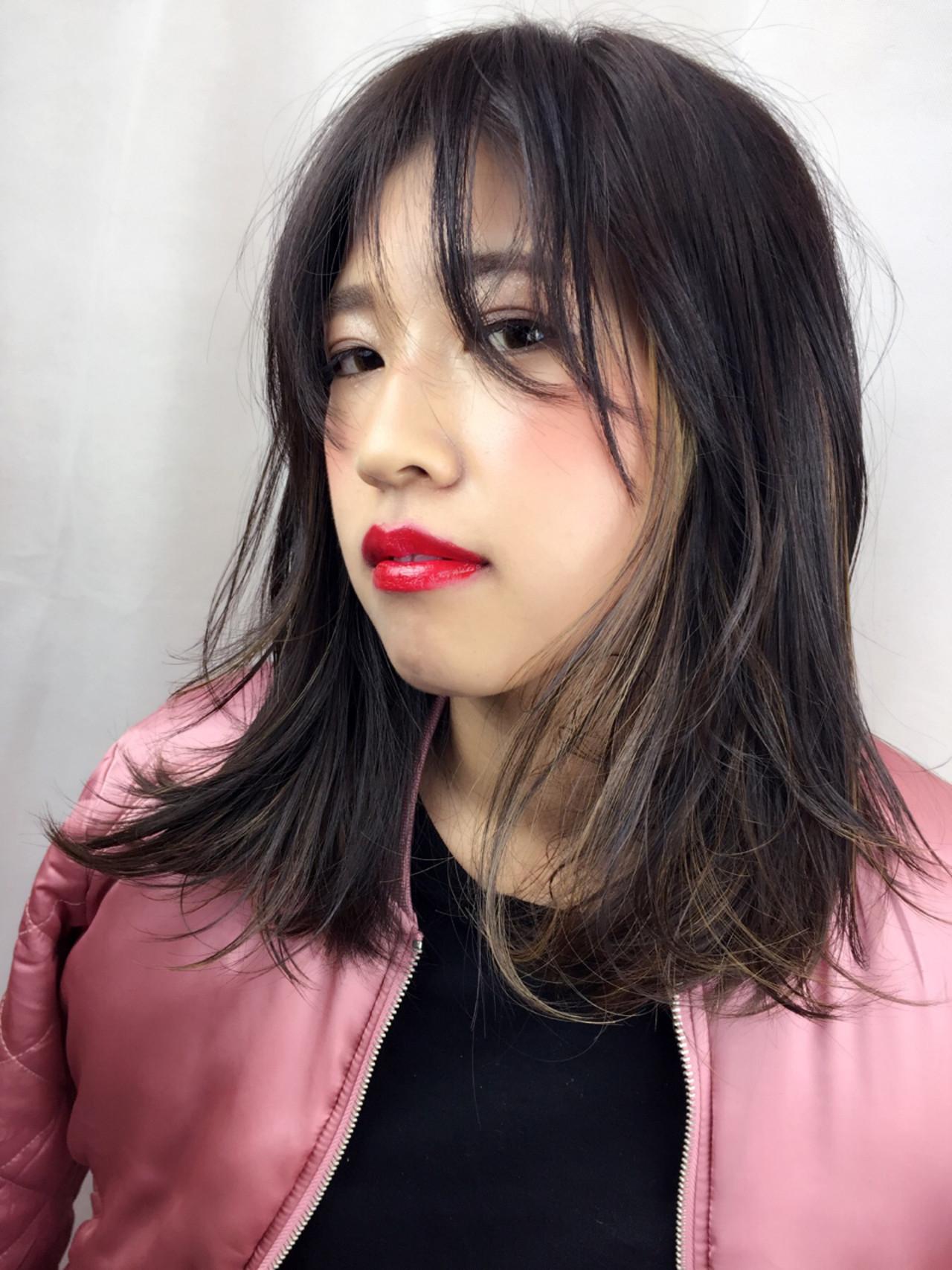 ミディアム ストリート ハイライト インナーカラー ヘアスタイルや髪型の写真・画像