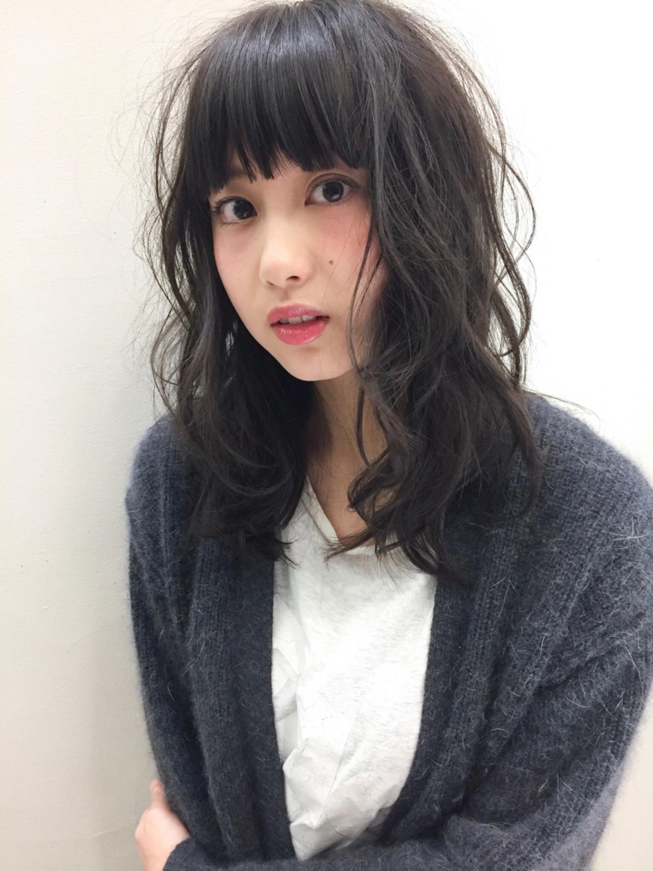アゴ周りのボリュームがシャープさを和らげる 吉川 ミチオ  SHIKIO HAIR DESIGN 天神・大名・赤坂・警固