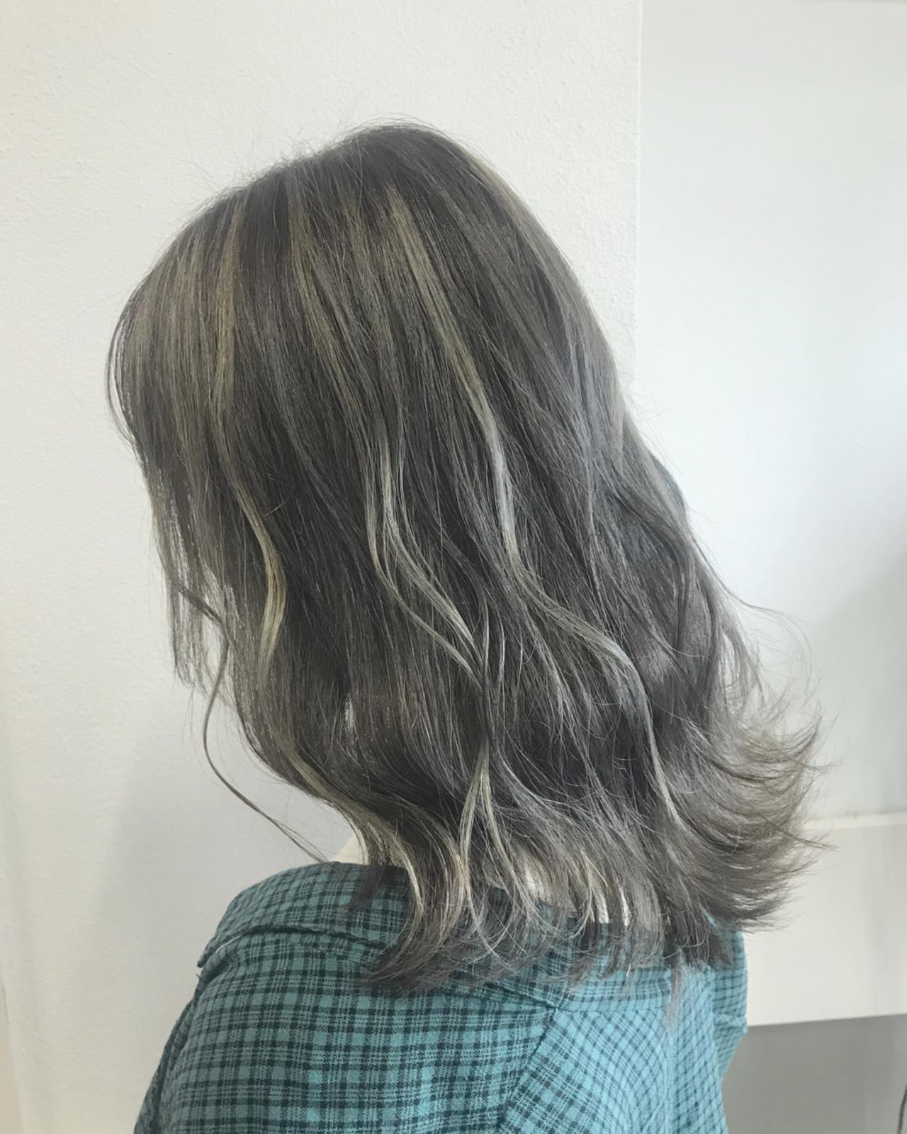透明感 グラデーションカラー ミディアム フェミニン ヘアスタイルや髪型の写真・画像