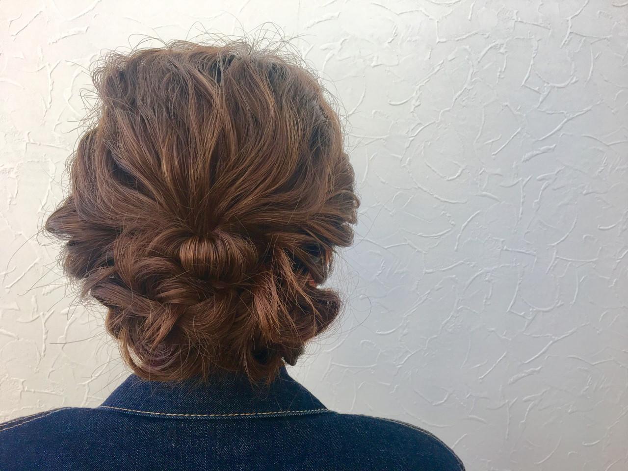 ロング ヘアアレンジ ロープ編み 波ウェーブ ヘアスタイルや髪型の写真・画像