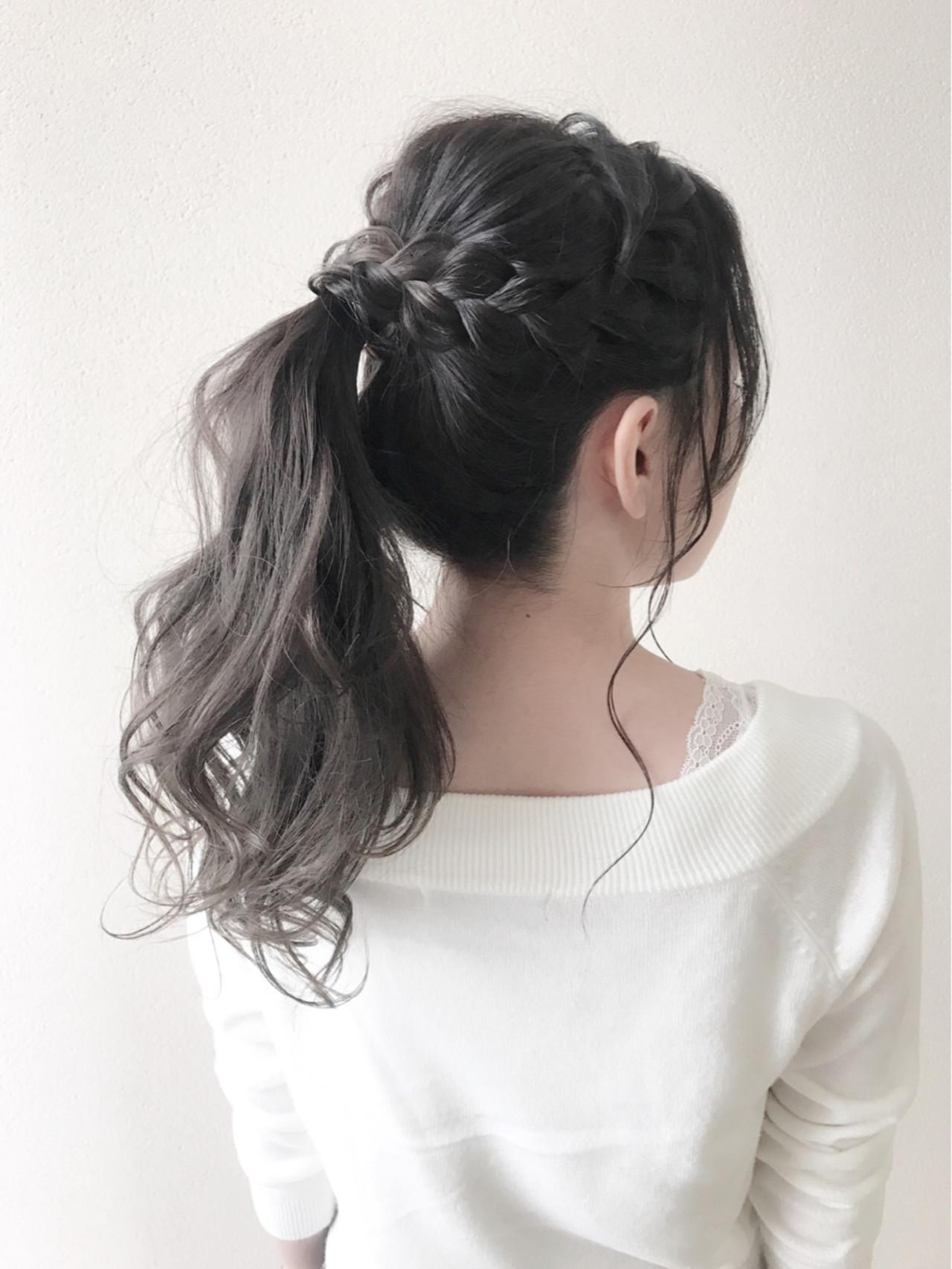 フェミニン ポニーテール ヘアアレンジ デート ヘアスタイルや髪型の写真・画像