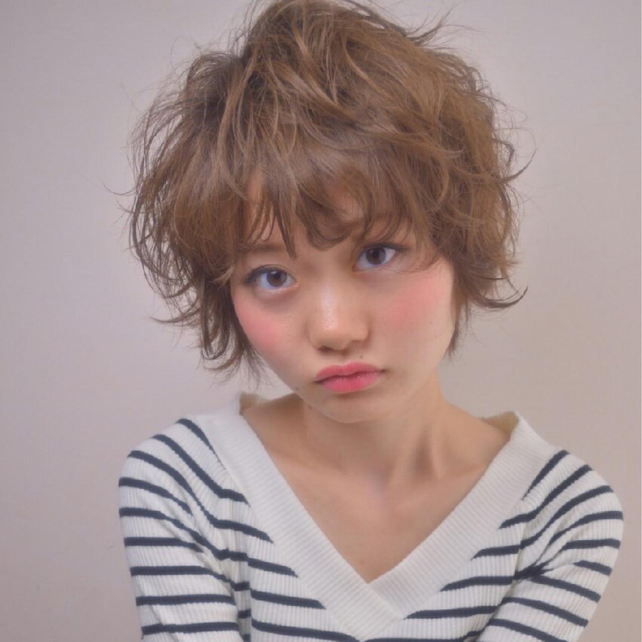 ウェーブ ガーリー ショート ヘアアレンジ ヘアスタイルや髪型の写真・画像
