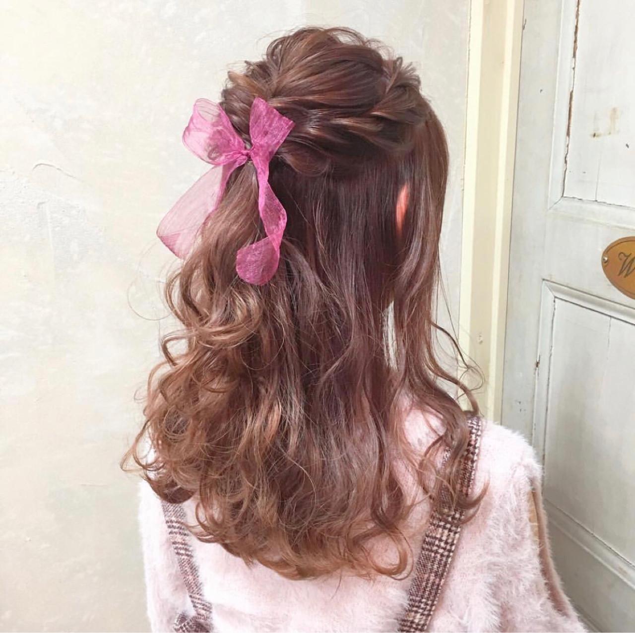 波ウェーブ ハーフアップ デート ヘアアレンジ ヘアスタイルや髪型の写真・画像