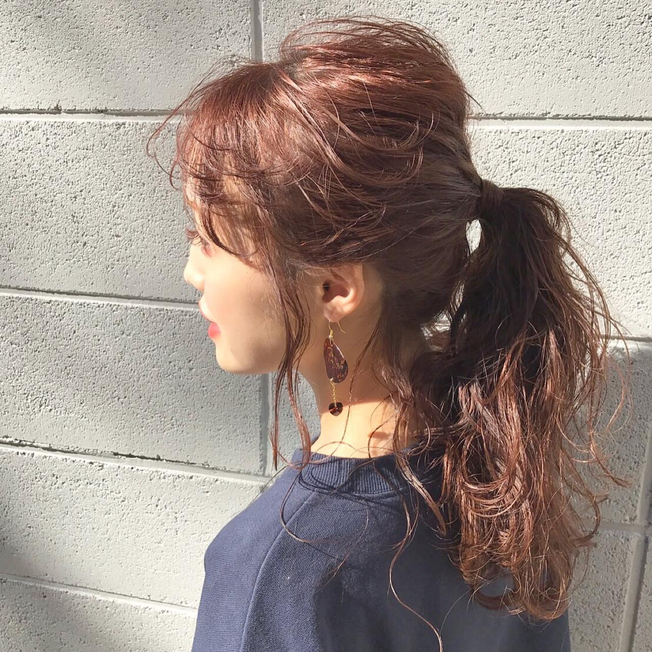 セミロング フリンジバング 前髪あり デート ヘアスタイルや髪型の写真・画像