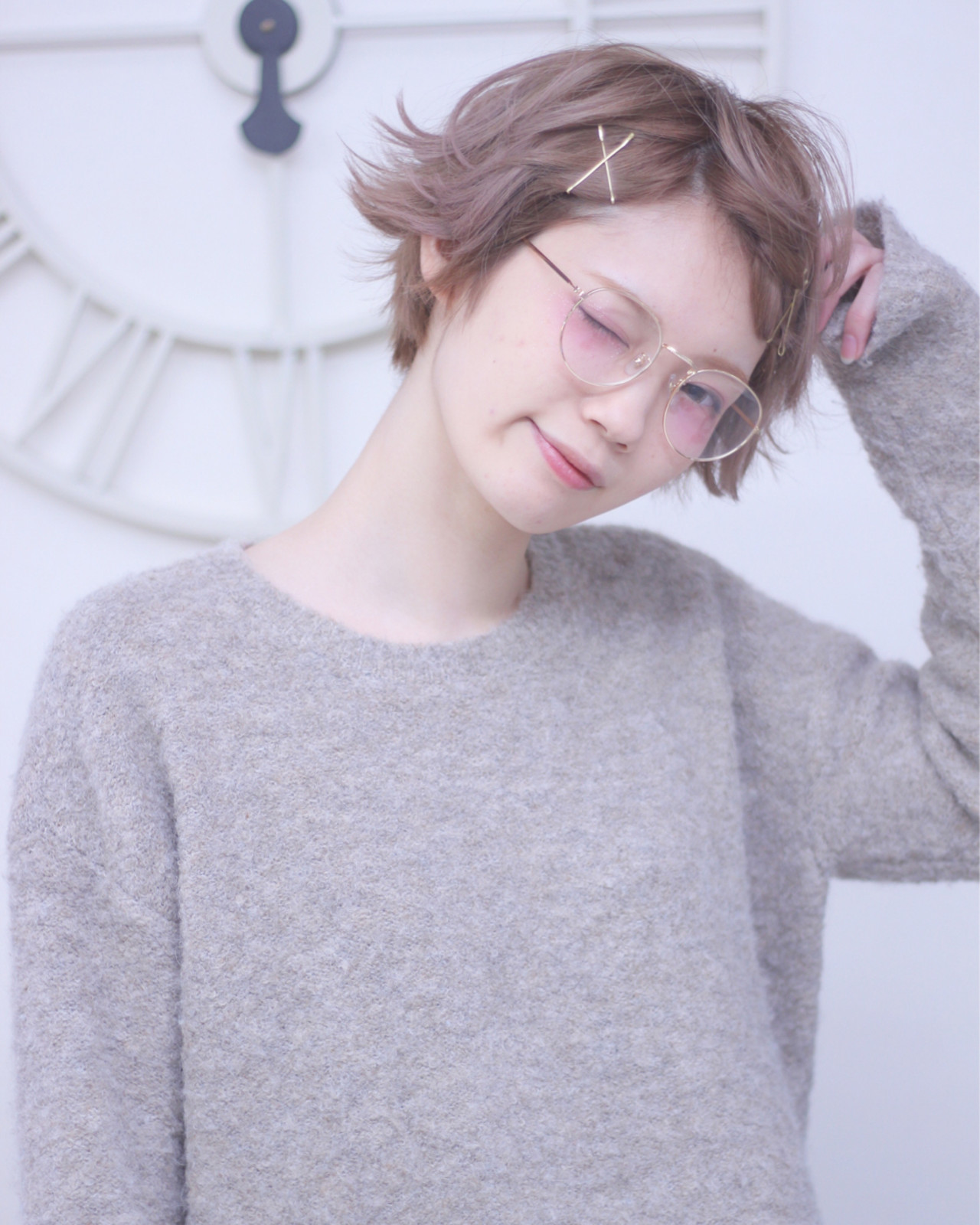 ショート リラックス 小顔 フェミニン ヘアスタイルや髪型の写真・画像