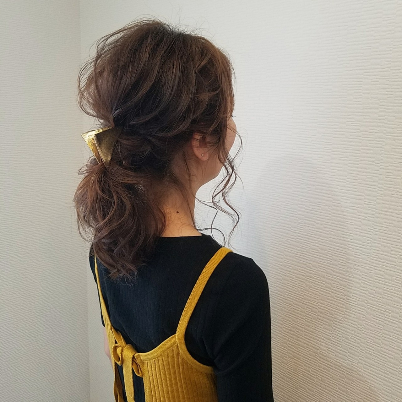 ヘアアレンジ フェミニン ミディアム アップスタイル ヘアスタイルや髪型の写真・画像