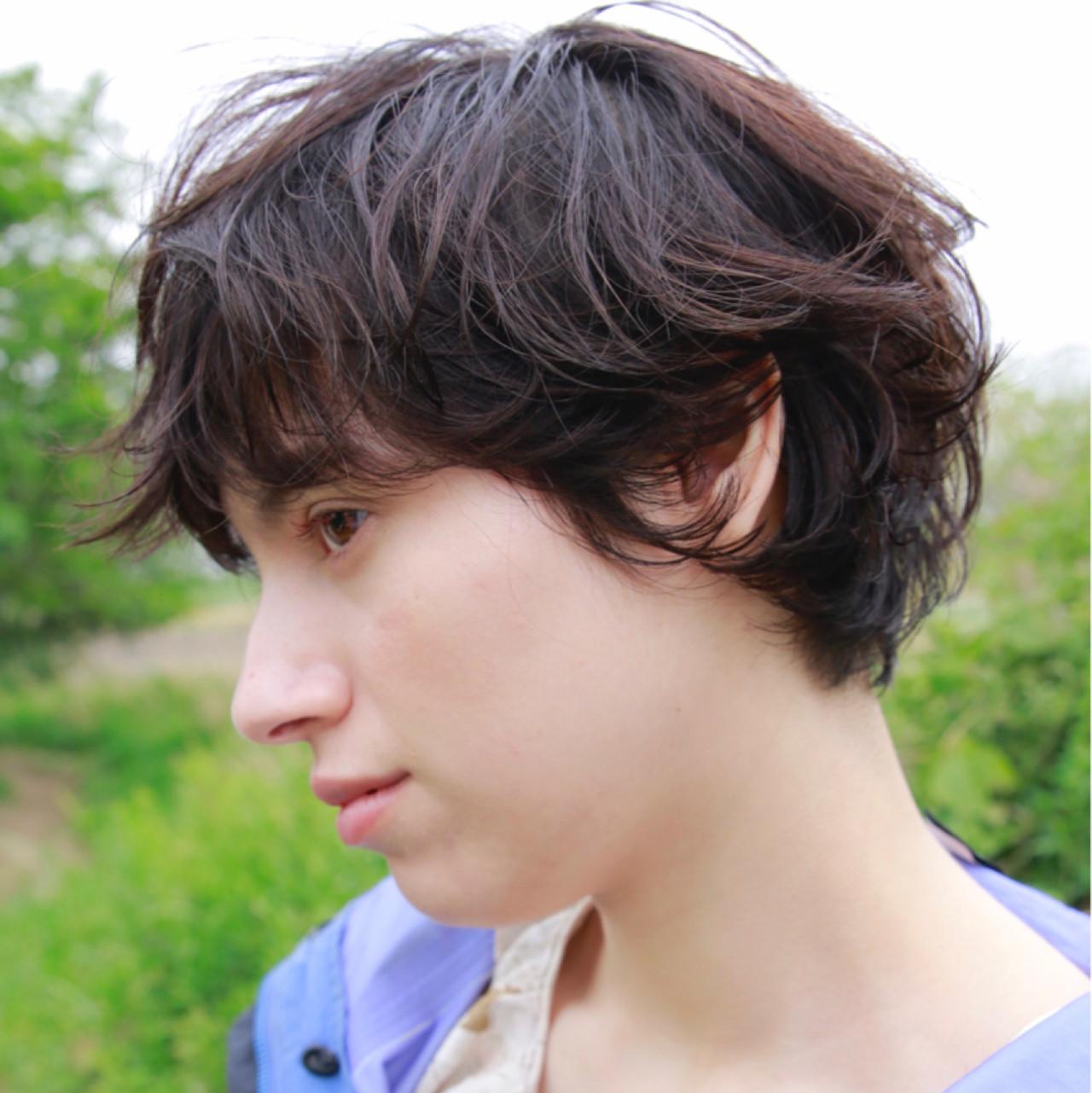 パーマ くせ毛風 黒髪 ショート ヘアスタイルや髪型の写真・画像