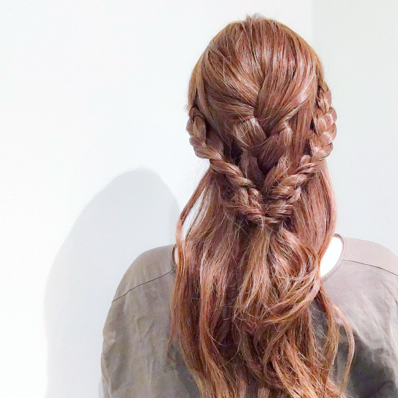 ロング フェミニン オフィス 簡単ヘアアレンジ ヘアスタイルや髪型の写真・画像