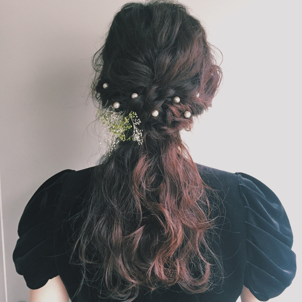 ヘアアレンジ ロング ねじり 波ウェーブ ヘアスタイルや髪型の写真・画像