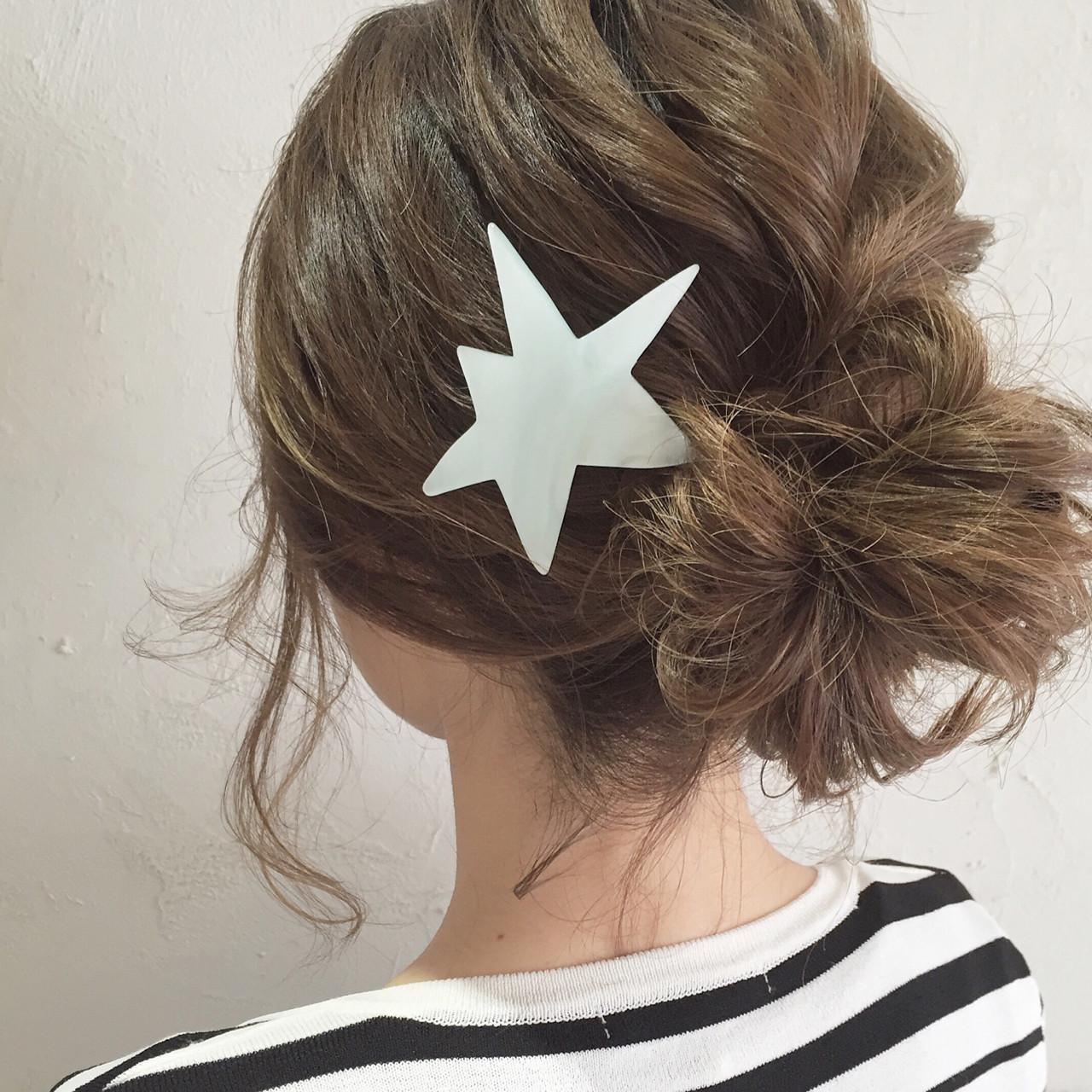バレッタ イルミナカラー ヘアアレンジ ボブ ヘアスタイルや髪型の写真・画像