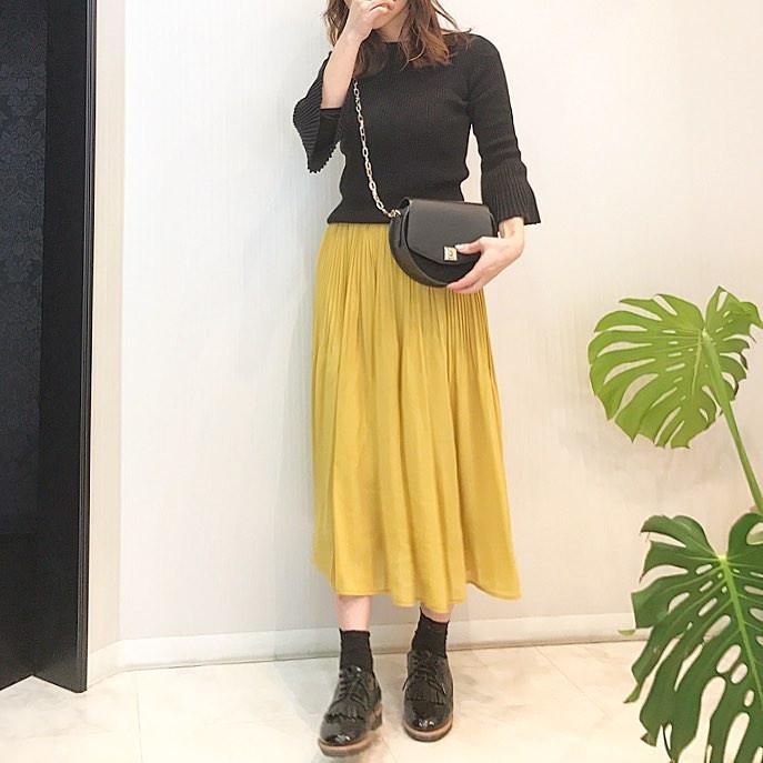 きれい色イエローのプリーツスカート dainty1015
