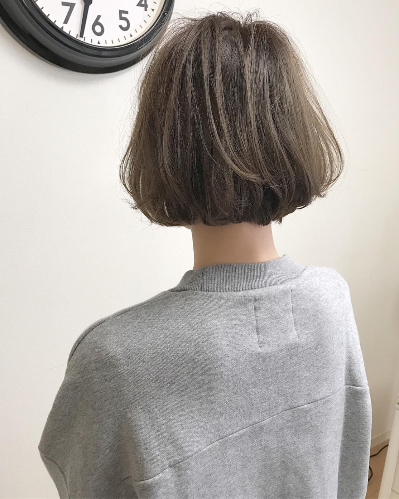 内巻き 切りっぱなし パーマ ボブ ヘアスタイルや髪型の写真・画像