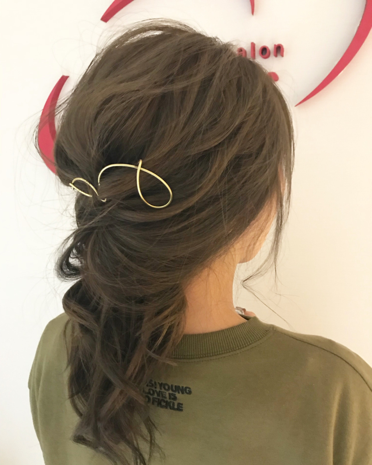 ロング くるりんぱ 簡単ヘアアレンジ ナチュラル ヘアスタイルや髪型の写真・画像