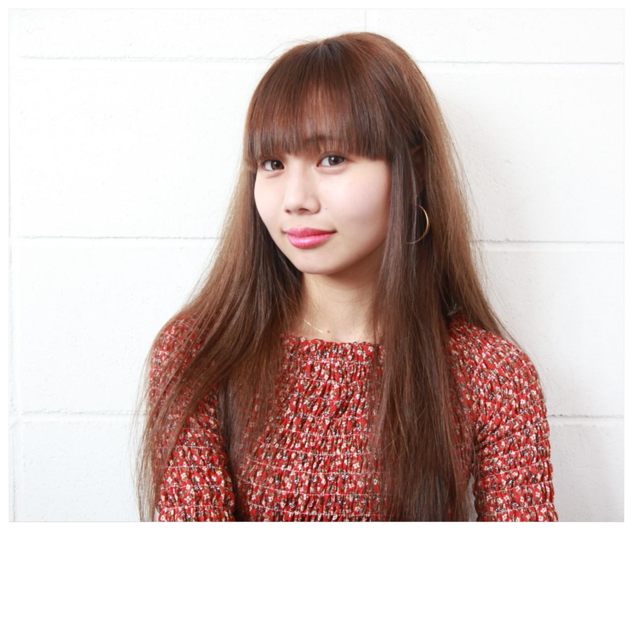 フェミニン ロング 前髪あり ヘアスタイルや髪型の写真・画像