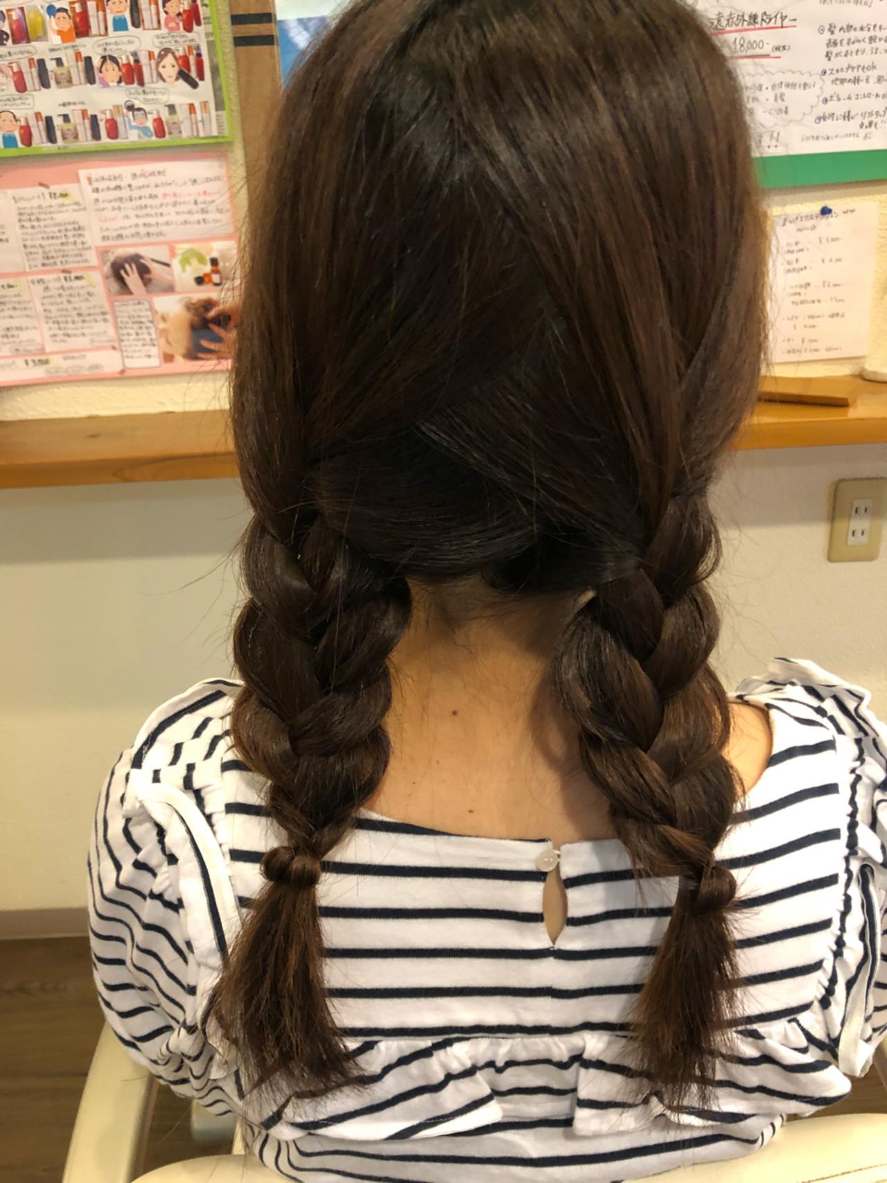 ヘアアレンジ ロング 三つ編み ガーリー ヘアスタイルや髪型の写真・画像