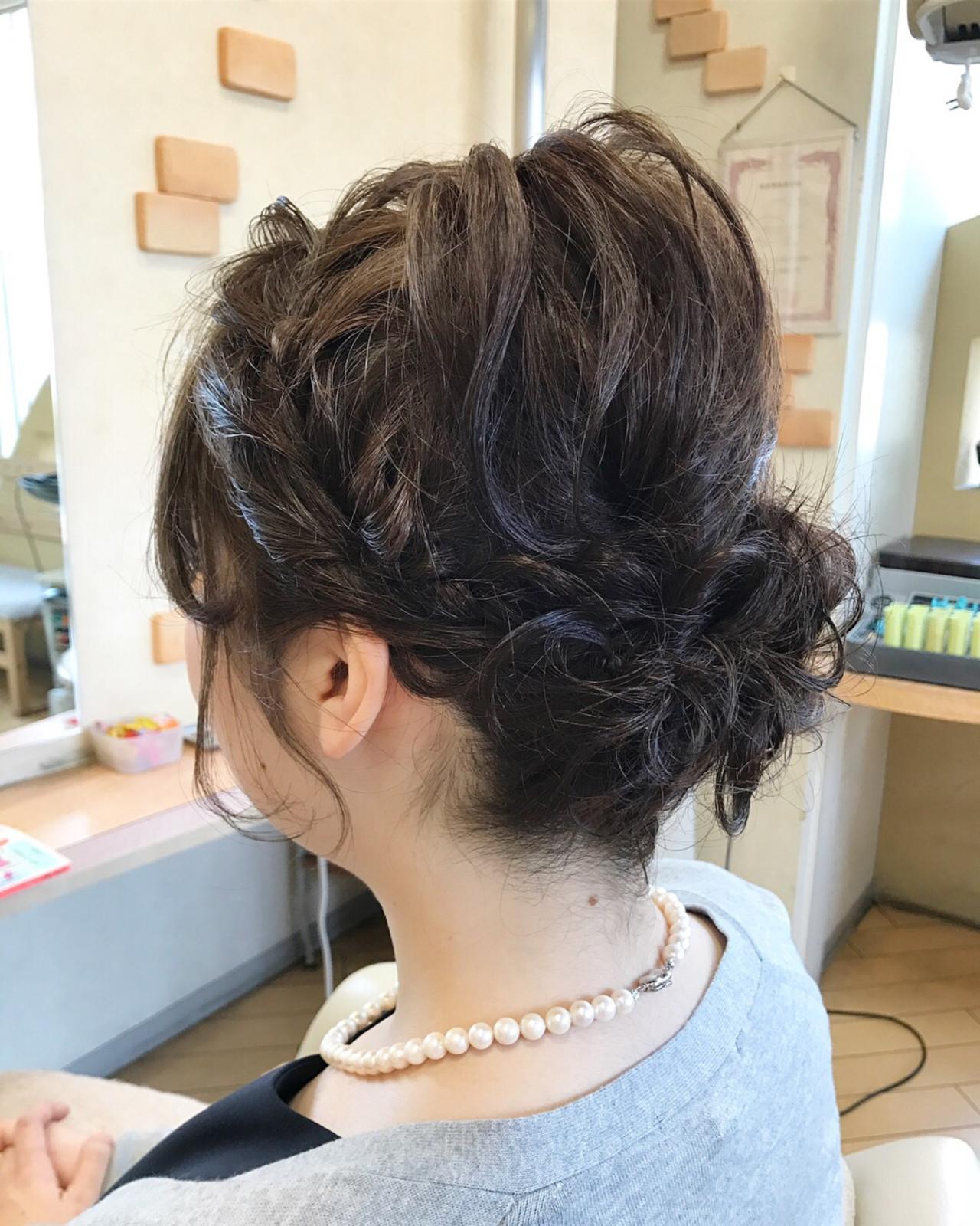 編み込み ガーリー ヘアアレンジ シニヨン ヘアスタイルや髪型の写真・画像