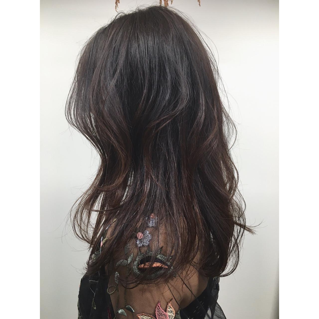 ウェーブ 上品 オフィス セミロング ヘアスタイルや髪型の写真・画像