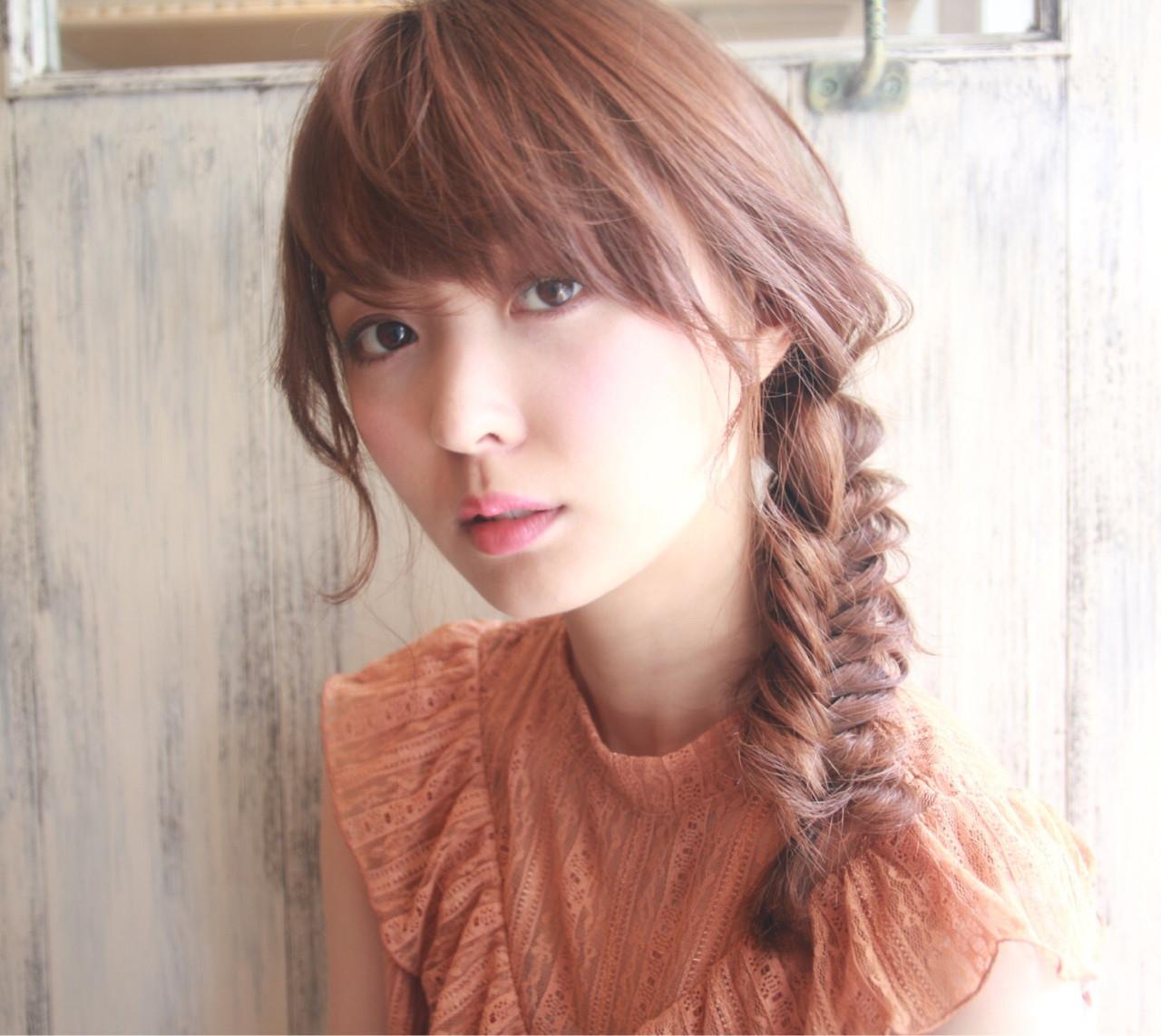 ロング 編み込み ナチュラル 簡単ヘアアレンジ ヘアスタイルや髪型の写真・画像