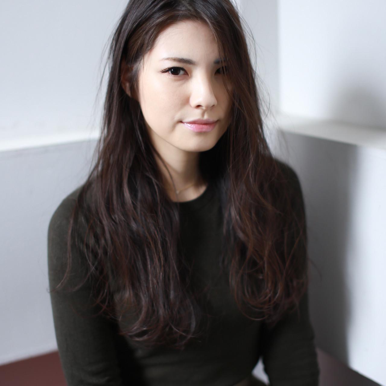 ロング 色気 ストレート 黒髪 ヘアスタイルや髪型の写真・画像