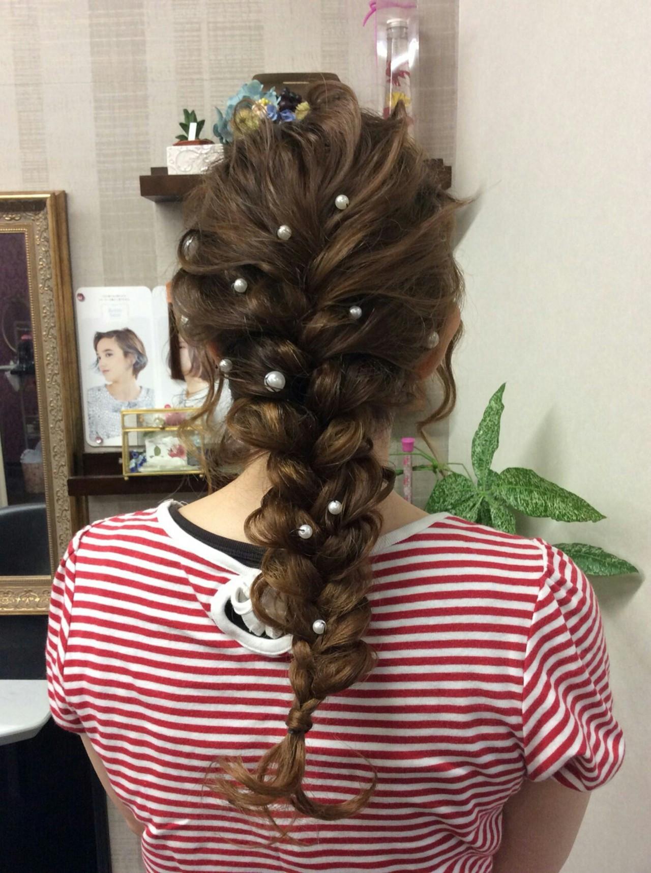 ヘアアレンジ セミロング 結婚式 編み込み ヘアスタイルや髪型の写真・画像